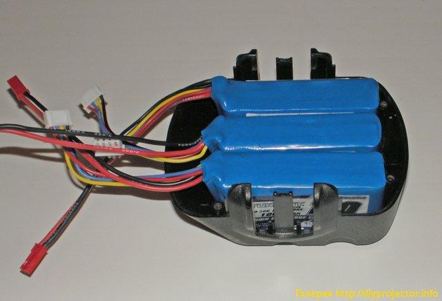 Батареи в корпусе аккумуляторного блока