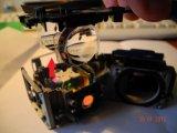 Снимаем верхнюю крышку оптического блока вместе с двумя линзами